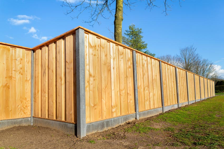 KOLA-CONSTRUCTION-WOOD-FENCE-BUILD-Dorset